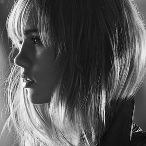 Suki Waterhouse for Burberry Brit Rhythm