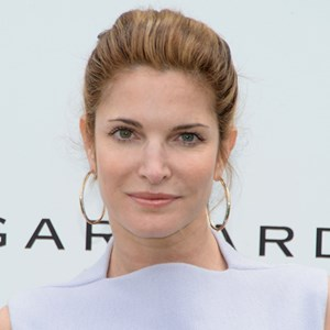 Legendary model Stephanie Seymour signs with Estée Lauder