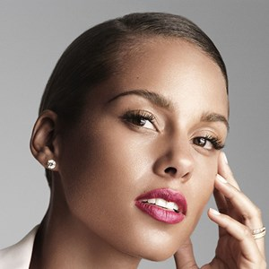 Alicia Keys signs with Givenchy