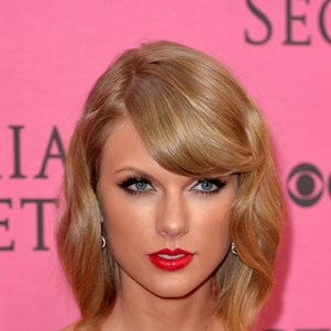 Taylor Swift at the 2014 Victoria's Secret Fashion Show